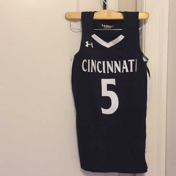 new concept e3e9f 506aa Cincinnati Bearcats women's basketball jersey